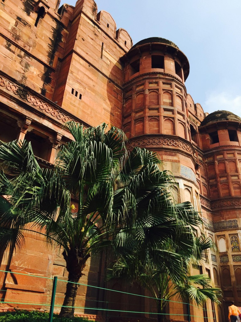 Agra Fort is like an oasis!