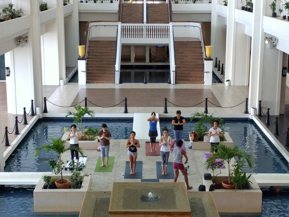 10:00 am hotel Yoga for $5 USD